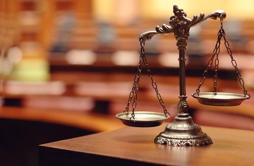 Rechtliches - Recht Waage